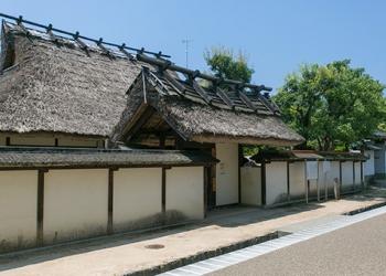 亀岡から篠山へ、歴史を味わう城下町めぐり