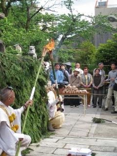 菅大臣祭と狂言